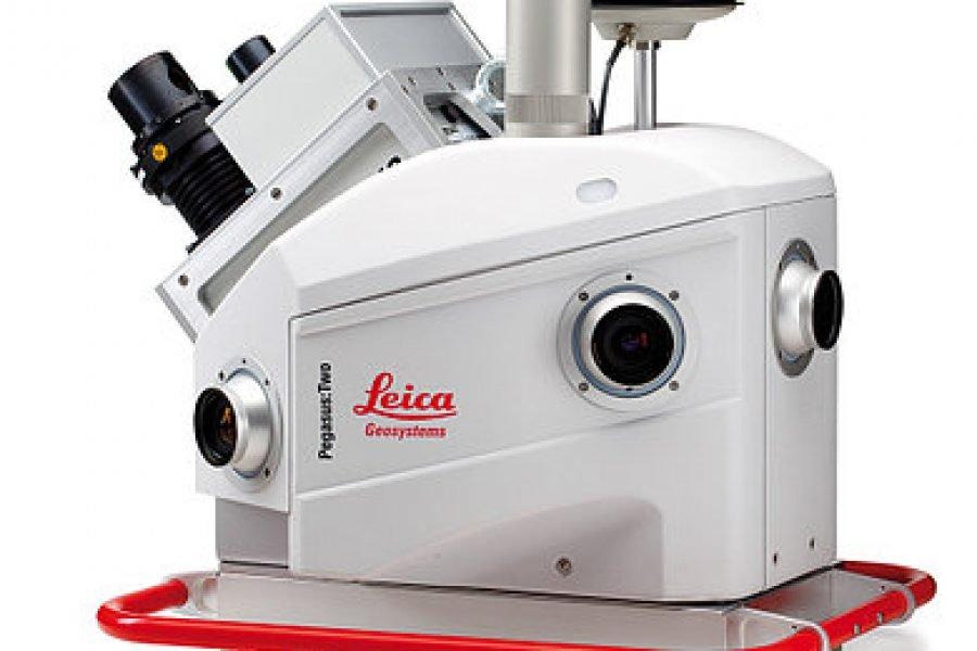 Leica Pegasus:Two Запечатлейте действительность на ходу